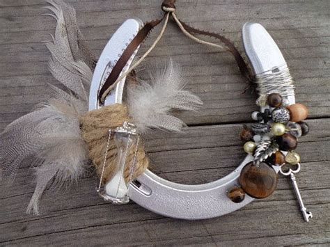 feathers time decorative horseshoe western home