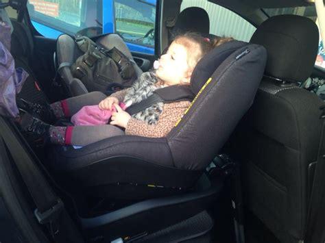 siege bebe confort milofix siège auto i size 2way pearl bebe confort avis