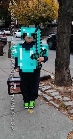 awesome minecraft costume   boy