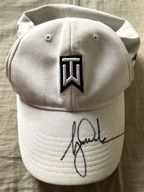 Tiger Woods autographed TW logo Nike One beige golf cap or ...