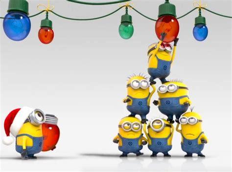 minions hanging christmas lights minions