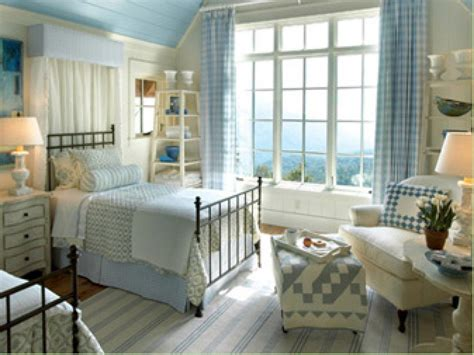 bedrooms with quilts easy crafts and homemade decorating
