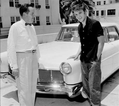 Elvis taking delivery of his 1956 Lincoln Continental Mark ...