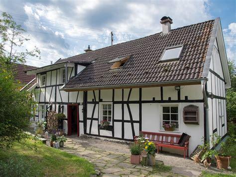 le style rice dans maison maison dans le style du pays dans le land bergisch