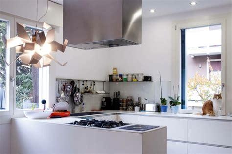 cuisine am ag decoration d une cuisine maison design bahbe com