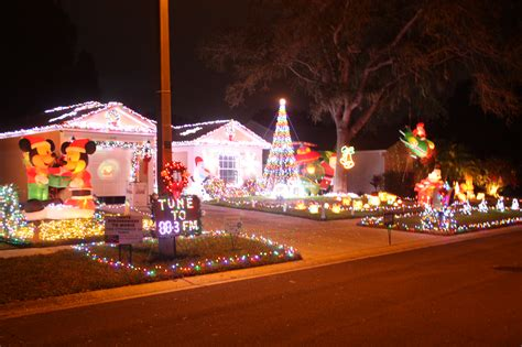 best christmas lights in florida best place to see christmas light display ta brandon