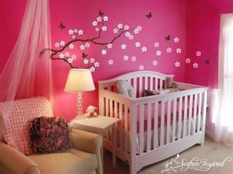 modele chambre bebe modele deco chambre bebe fille visuel 2