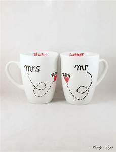 Tasse Mr Mrs : gastgeschenke mr right mrs always right tasse hochzeitsgeschenk ein designerst ck von lovely ~ Teatrodelosmanantiales.com Idées de Décoration