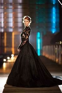 Queen of the night elegant black wedding dresses with for Elegant black wedding dresses