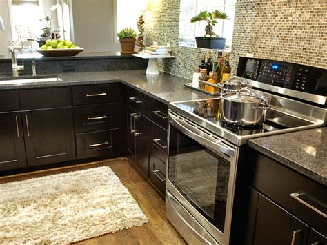 Tips To Choose The Perfect Kitchen Tile-freshome.com