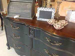 Easy Chalk Painted Furniture Ideas