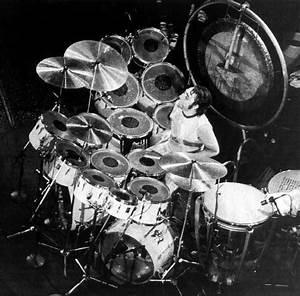 1975–1976 Premier cream/white kit | Keith Moon's Drumkits ...