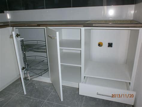 armoire de cuisine en aluminium beautiful modele de placard pour cuisine en aluminium
