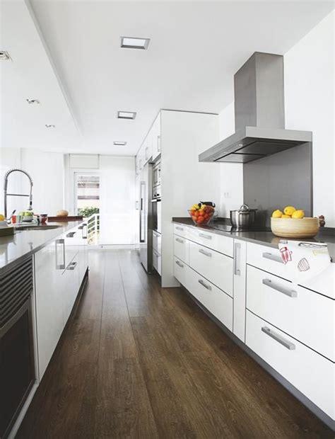 una casa amplia  luminosa ideas  renovar tu cocina