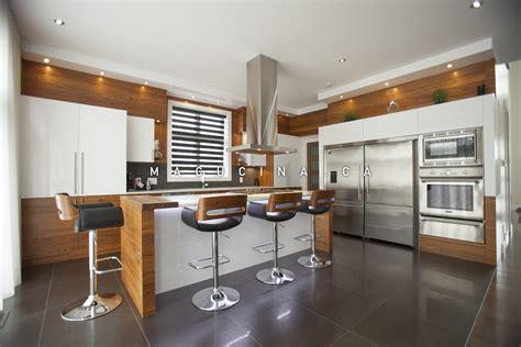 qu est ce qu une sauteuse en cuisine cuisines contemporaines armoires de cuisine laval macucina