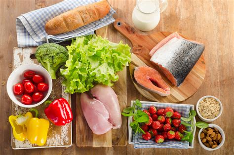 eating a healthy balanced diet thompsons road physiotherapy