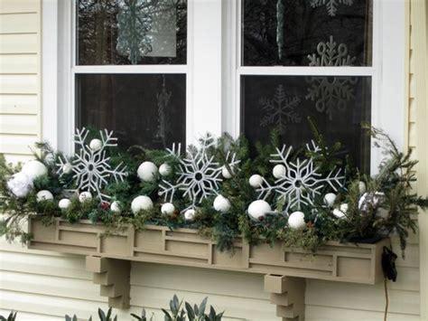 ideas   winter window box bless  weeds