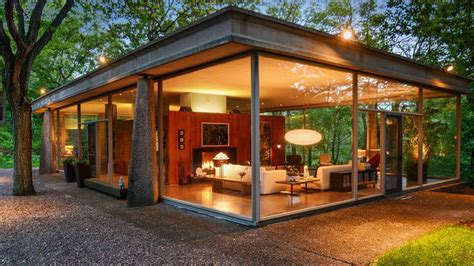 award winning mid century glass house