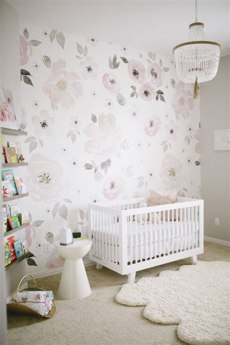 Kinderzimmer Tapezieren Ideen by S Floral Whimsy Nursery Floral Nursery Ideas