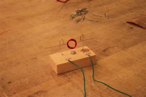 Simple Motor by How To Make A Simple Motor Makezilla