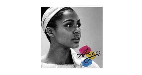 """La Chanteuse Ayo Revient Le 29 Septembre Avec """"gravity At"""