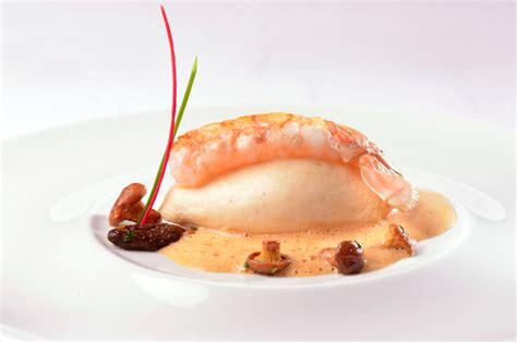 cuisine gastronomique recette quenelle de langoustines chignons sauvages et