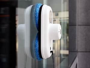 Appareil Pour Laver Les Vitres : robot laveur multi surfaces e ziclean hobot bestofrobots ~ Nature-et-papiers.com Idées de Décoration