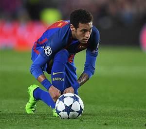 Barcelona transfer news: Neymar to stay despite PSG, Man ...