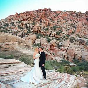 Red rock canyon wedding calico basin wedding las vegas for Wedding in las vegas nv