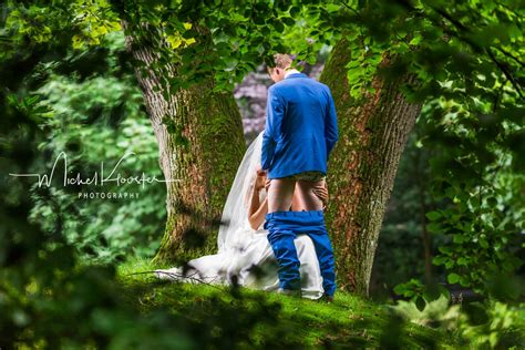 Extremely Nsfw Wedding Photographer Goes Viral With New Trend