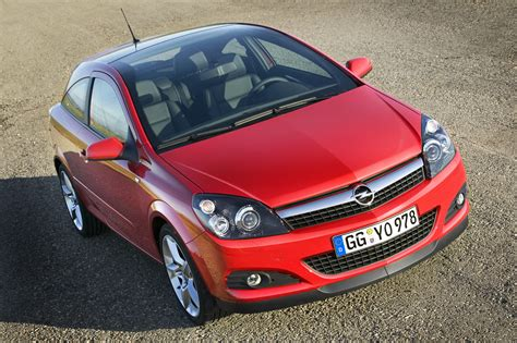Opel Astra 2007 by 2007 Opel Astra Top Speed