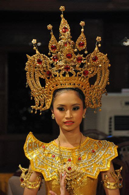 siam apsara    headdress traditional outfits