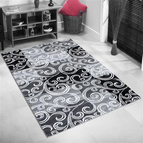 grand tapis design trendy tapis  courtes maches pour