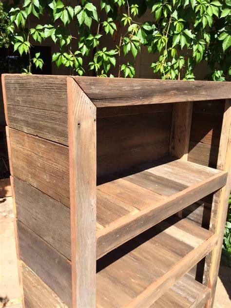 bookshelf out of pallets diy rustic pallet bookshelf bookcase 99 pallets