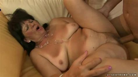 Fat Grandma Enjoying Hot Sex With Her Lover On Gotporn