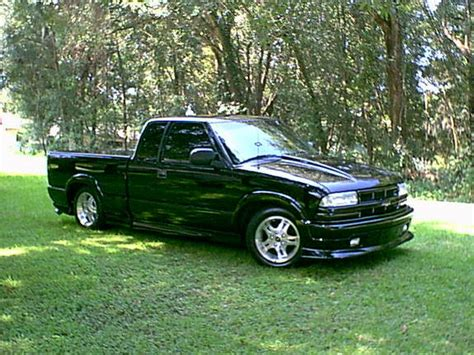 S10 Extremes by Extreme Onyx 2003 Chevrolet S10 Regular Cab Specs Photos
