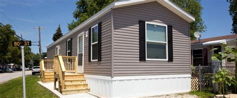 Two Bedroom, One Bath Mobile Home for Sale   Chief Mobile