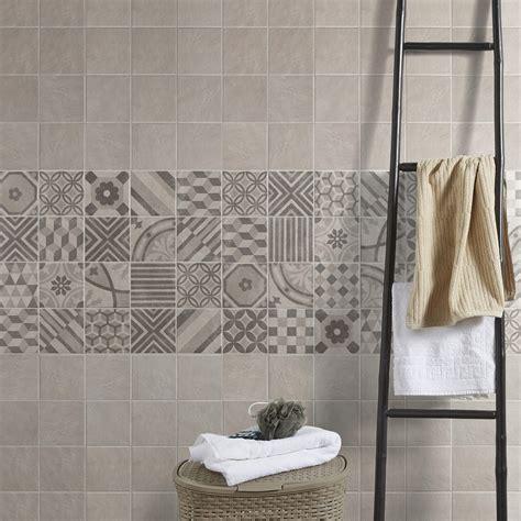 carreaux de ciment mural carrelage sol et mur blanc elliot l 15 x l 15 cm leroy merlin