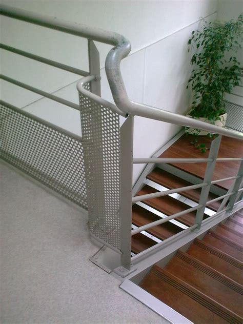 fh107 escaliers flin clipgoo