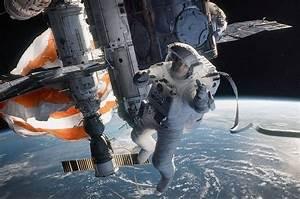 Astronaut gave 'Gravity' advice to Sandra Bullock from ...  Gravity
