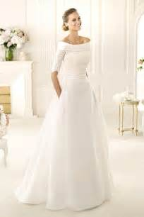 wish wedding dresses winter wedding dress pronovias this dress is beautiful i just wish the collar of it wasn 39 t such