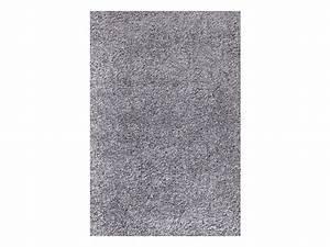 Světle šedý koberec