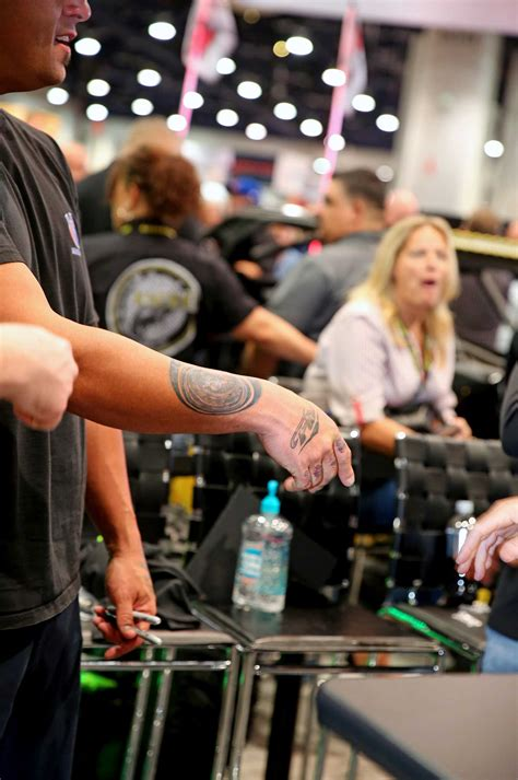 big chiefs tattoo tensema