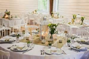 deco de mariage lanterne centre de table et dentelle déco et fleurs by féelicité photo raphael melka