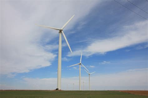 ponnequin wind farm xcel energy