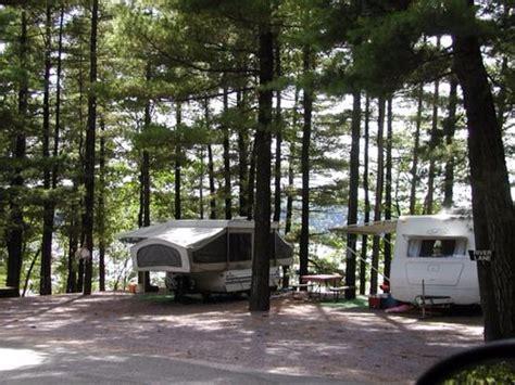 Holiday Shores Boat Rental and Marina (Wisconsin Dells