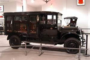 1924 REO Funeral Hearse History, Pictures, Value, Auction