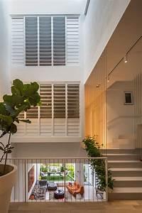 Pflanzen Im Treppenhaus : modernes wohnen auf mehreren ebenen offene wohnr ume ~ Orissabook.com Haus und Dekorationen