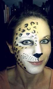 Karneval Gesicht Schminken : best 25 karneval schminken leopard ideas on pinterest fasching schminken leopard gesicht ~ Frokenaadalensverden.com Haus und Dekorationen