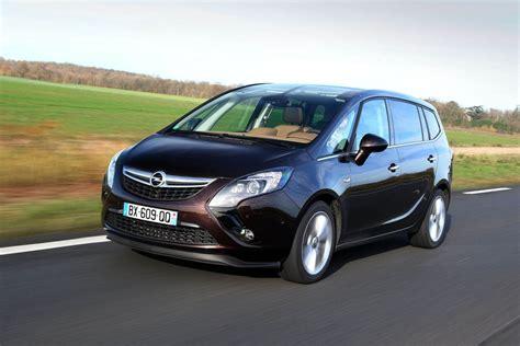 Opel Zafira Tourer by Opel Zafira Tourer Occasion Achat Fiabilite Prix